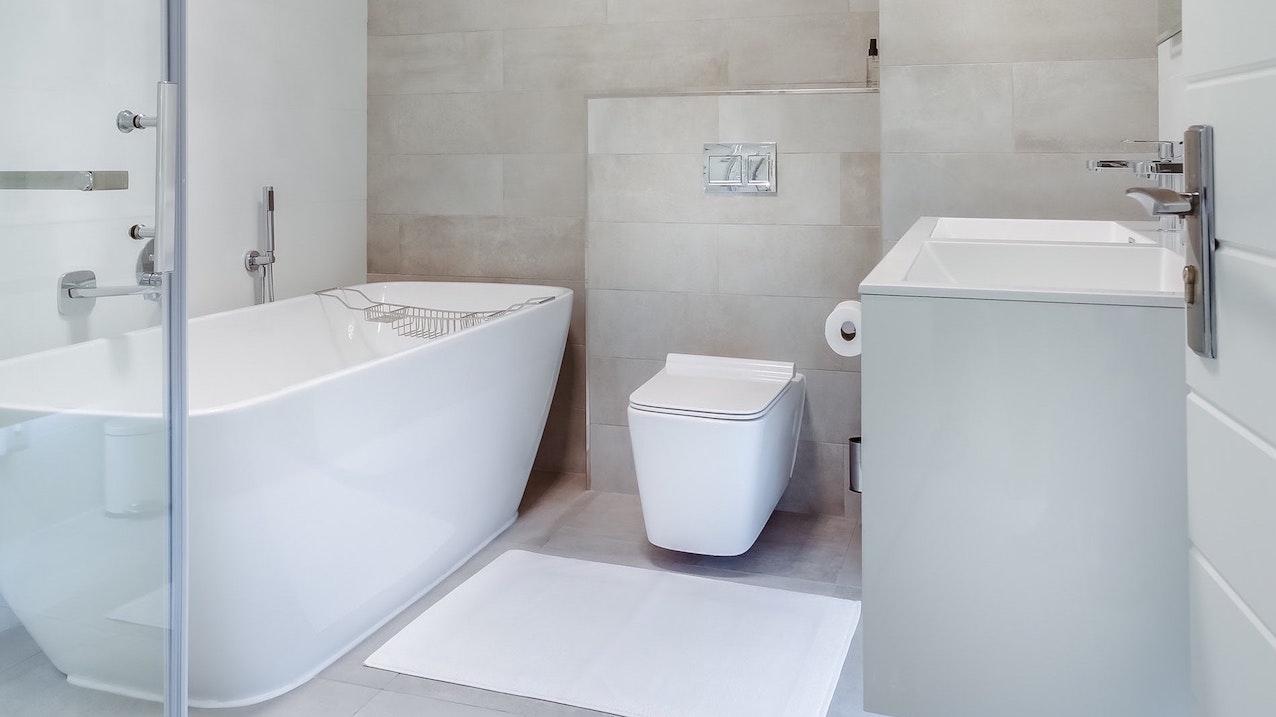 Die Unterschiede Zwischen Badsanierung Badrenovierung Und Badmodernisierung